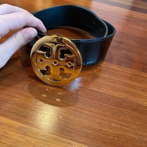 Tory Burch Patent Black Logo Belt Gold Hardware